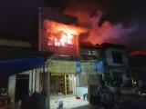 Tiga Unit Rumah Terbakar di Sarbelawan, Api Sulit Dipadamkan