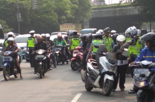 Awas Razia Kendaraan, 14 Hari Polisi dan TNI Siap Menindak