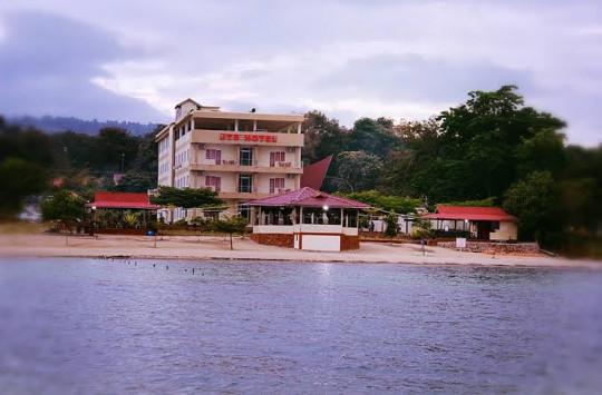 Miliki Pantai Pasir, JTS Hotel di Samosir Manjakan Pengunjung